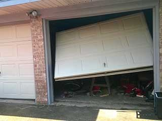 Avoid A Garage Door Accident | Garage Door Repair Lehi, UT